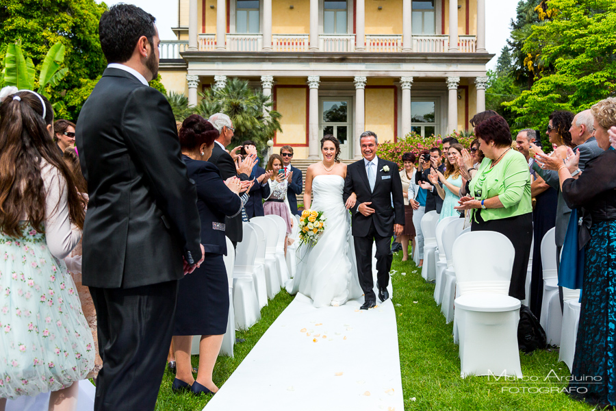 outdoor civil wedding ceremony villa Giulia pallanza lake maggiore italy