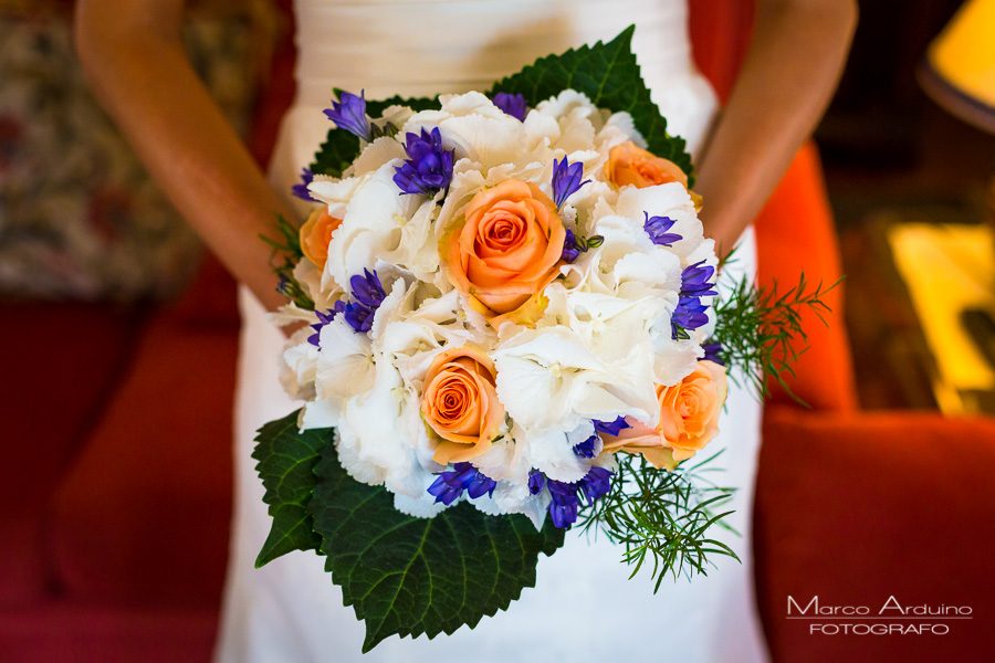bridal bouquet Italian wedding photographer Milan