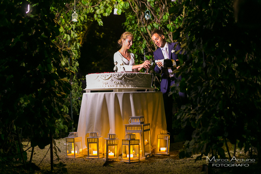wedding cake cutting jardin a vivre lake maggiore