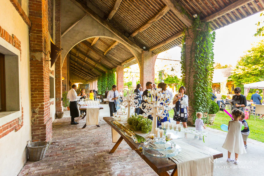 country chic wedding reception in lombardy
