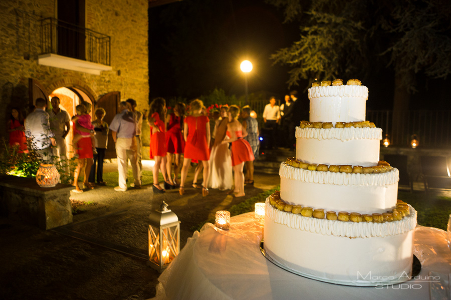 wedding cake cutting langhe barolo piedmont italy