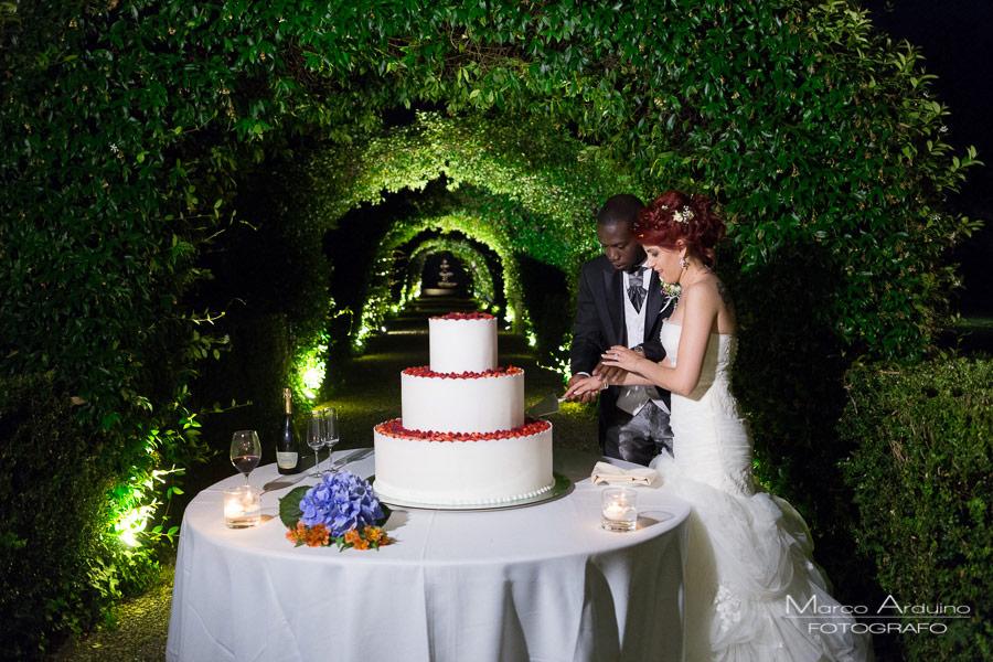 wedding cake cutting villa verganti veronesi italy
