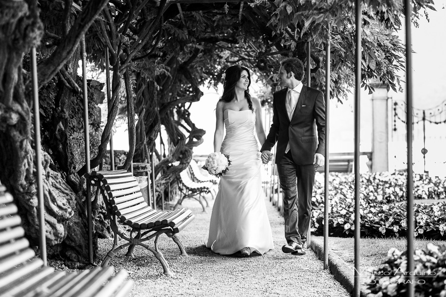 wedding cake cutting lake Orta Italy