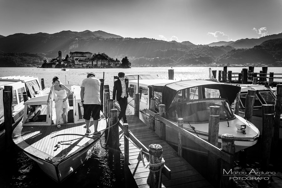 wedding photographer on lake orta